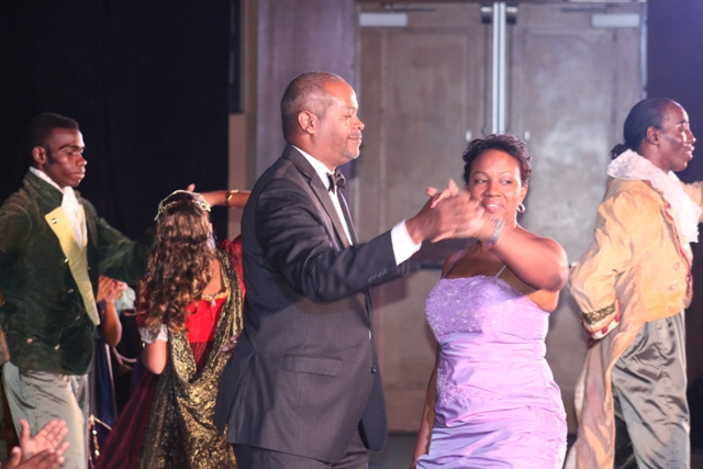 Min_Jacobs_and_Min_De_Weever_dancing_at_the_Nutcracker.JPG