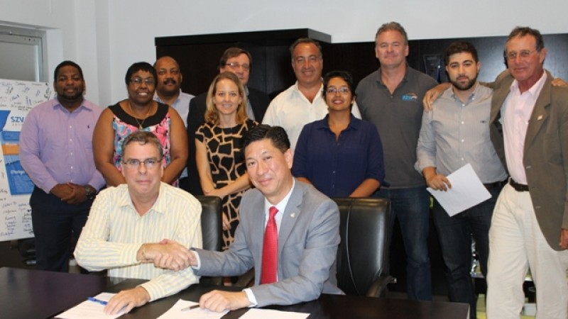 SZV DIRECTOR SIGNS THE FIRST EVER PERFORMANCE AGREEMENT
