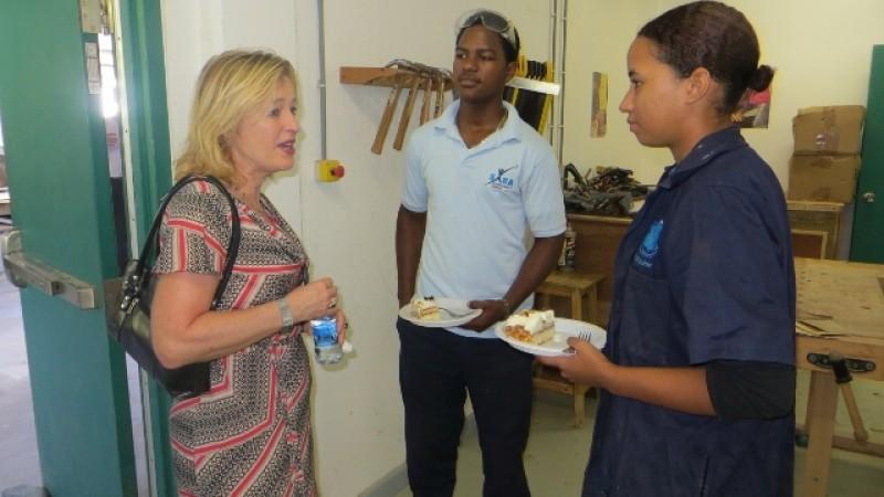 Visiting Minister Bussemakerhuis to Saba Comprehensive School