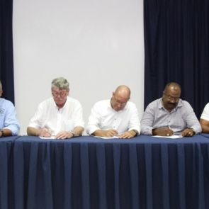 Resultadonan di negoshashon di CAO nobo pa ámtenarnan di gobièrnu di Reino na Hulanda Karibense