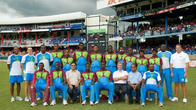 Sagicor_High_Performance_Team_2011_with_Sagicor_directors.jpg