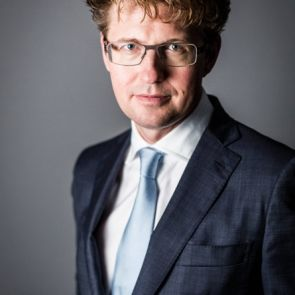 Minister Dekker benadrukt wijzigingen voor slachtofferhulp