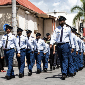 Police urges graduates consider joining law enforcement