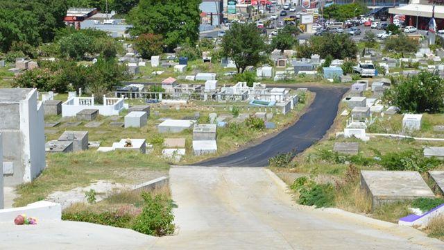 SxmCOM-MinVROMI-paved-cemetery-road.jpg