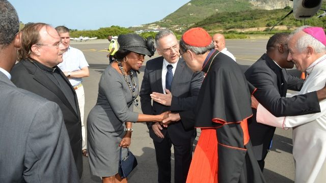 SxmPARL-Meeting-French-Cardinal-and-Bishop.jpg