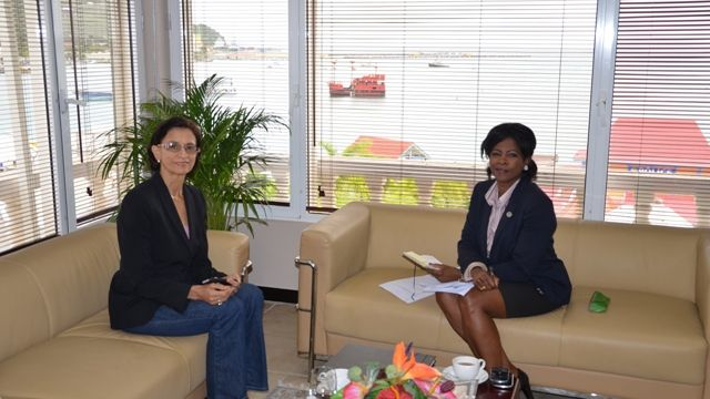 SxmPARL_President_Arrindell_Meets_with_Prime_Minister_Wescot_Williams.JPG