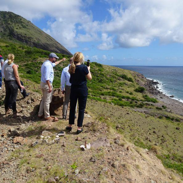 Slight delay Saba harbor project