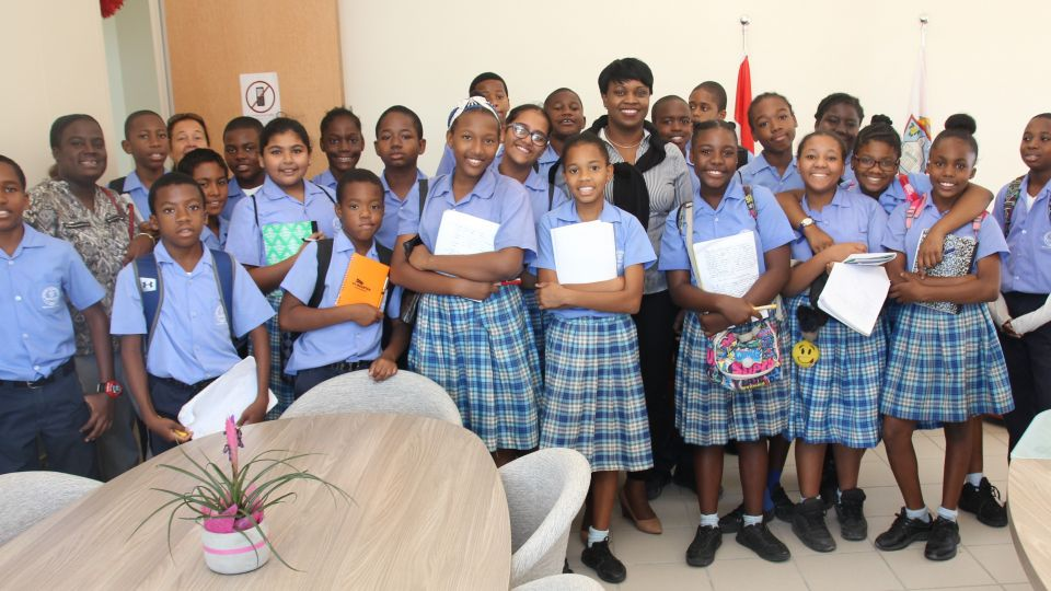group-mac-6th-grade-.jpg