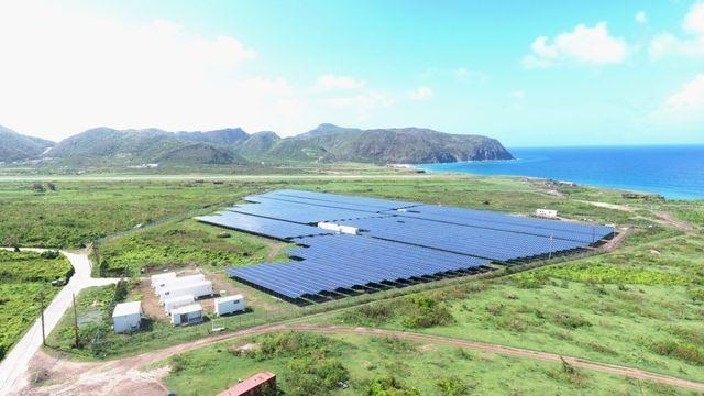 solar-park-statia-aerial.jpg